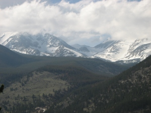 A picture of the high country from Moraine Avenue, Estes Park